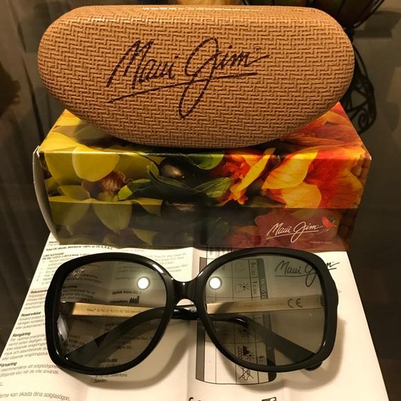 56aa1a28b5 Maui Jim Accessories | Nwt Melika Sunglasses | Poshmark